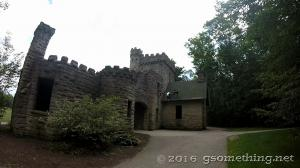 squires_castle_1.jpg